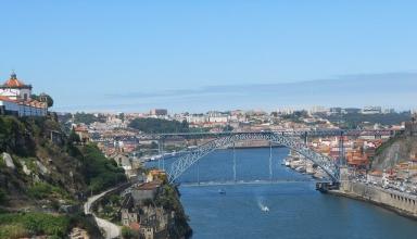 Porto czyli słoneczna melancholia i zuchwałe piękno