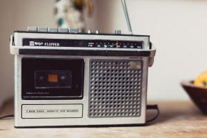 Słuchanie radia w innym języku
