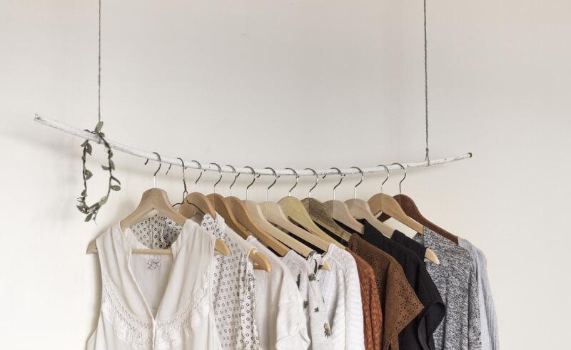 minimalizm w szafie