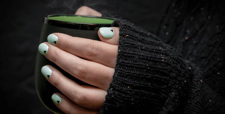 Ciekawe paznokcie - pomysł na paznokcie hybrydowe