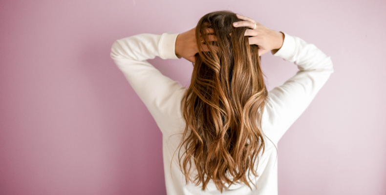 Objętość włosów - co na włosy bez objętości