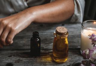 Jak olejować włosy - co powinnaś wiedzieć o olejowaniu włosów