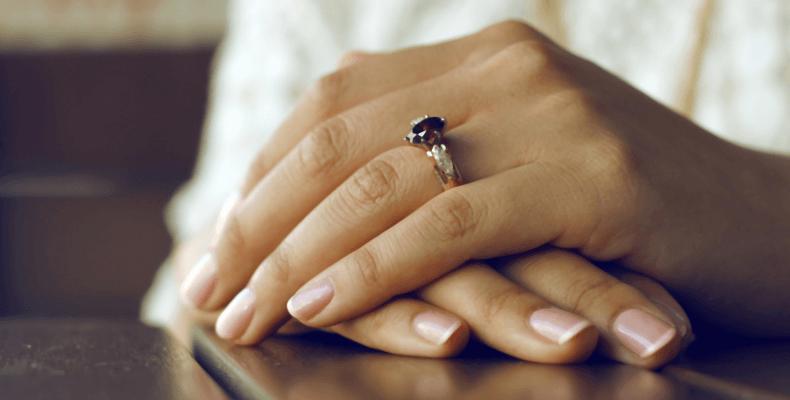 Nietypowe zastosowanie kredy - kreda na paznokcie