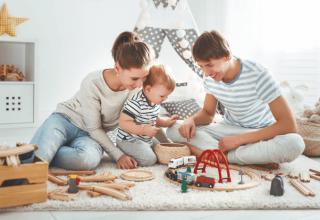czy-wiesz-ze-zabawki-drewniane-sa-swietnym-pomyslem-na-prezent-dla-dziecka