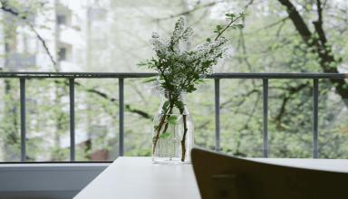 Relaks na małym balkonie